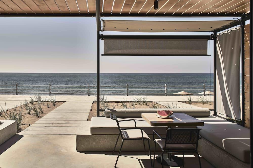 Beachfront WineTank Suite - Terrace/Patio