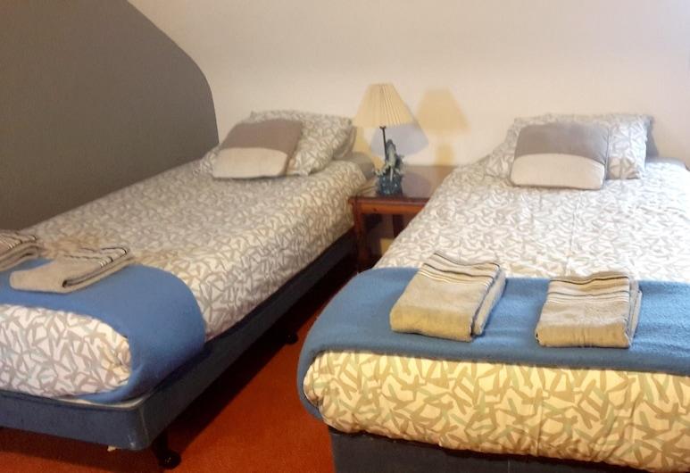 House With 2 Bedrooms in Primelin, With Enclosed Garden and Wifi - 800 m From the Beach, Primelin, Casa, vistas al jardín, Habitación