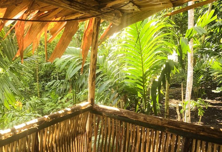 와이리키 4, 코코포, 베이직 싱글룸, 더블침대 1개, 정원 전망, 발코니