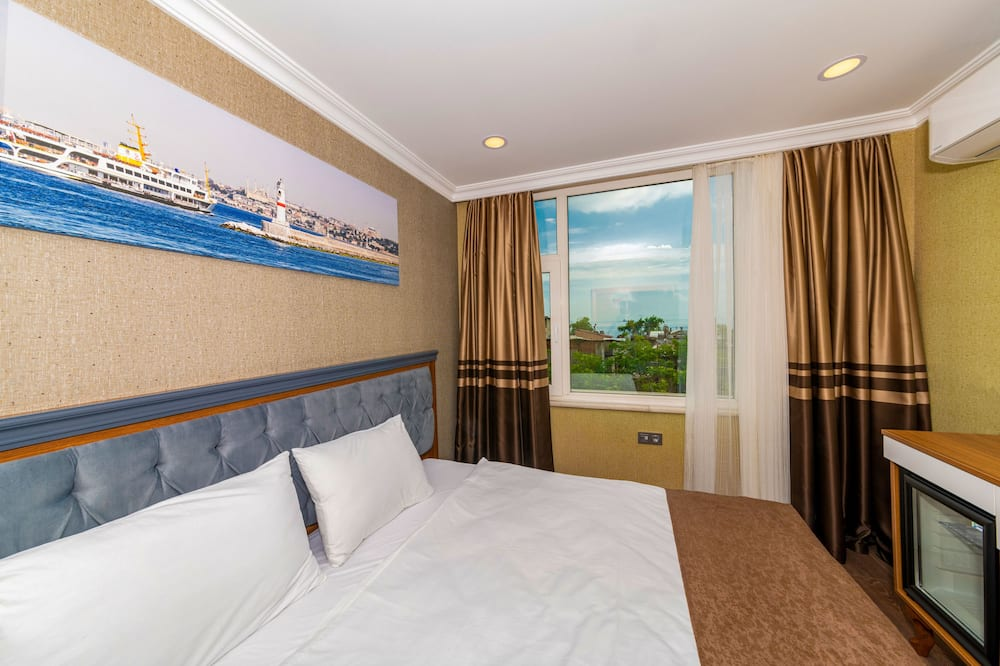 Standard Double or Twin Room, Sea View - Lake View