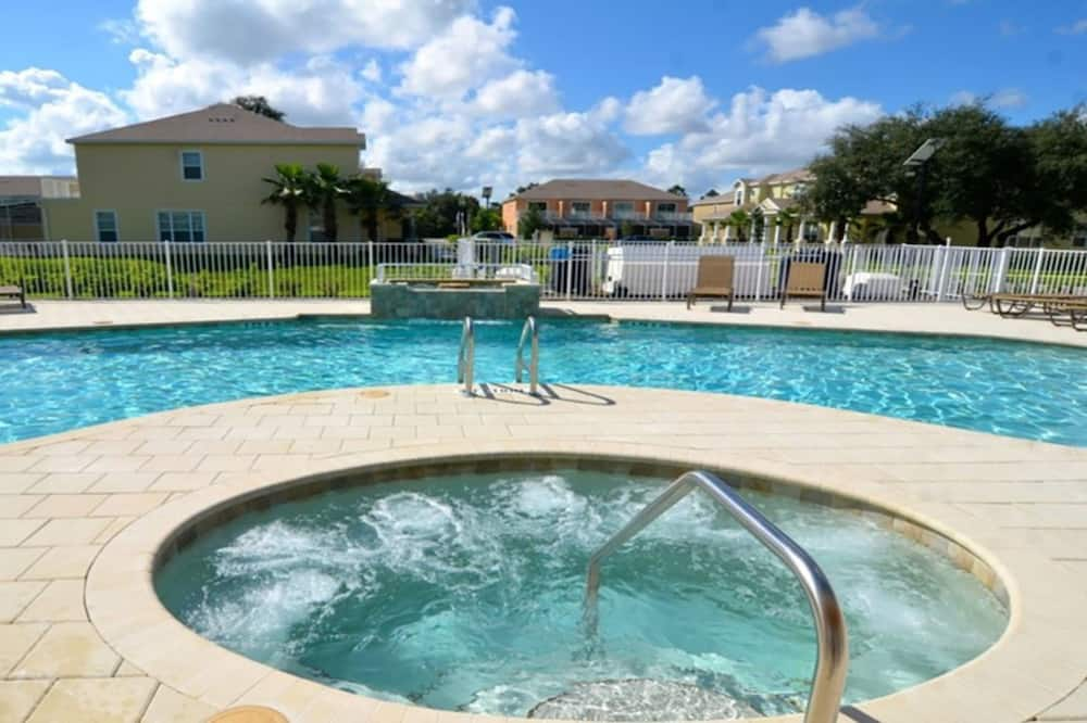 Townhome, 3 Bedrooms - Outdoor Spa Tub