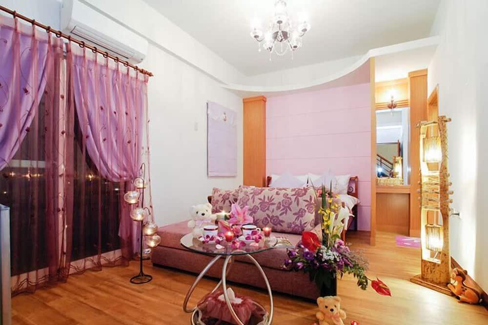 Double Room (Elegant) - Guest Room