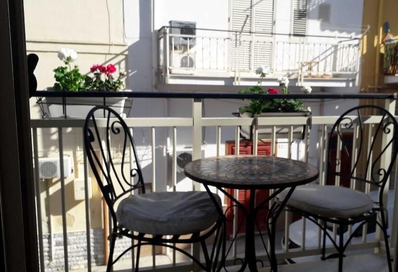 奇亚拉假日民宿, 泰拉西尼, 阳台