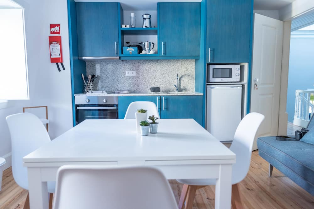 Apartment, 2 Bedrooms (110) - In-Room Dining