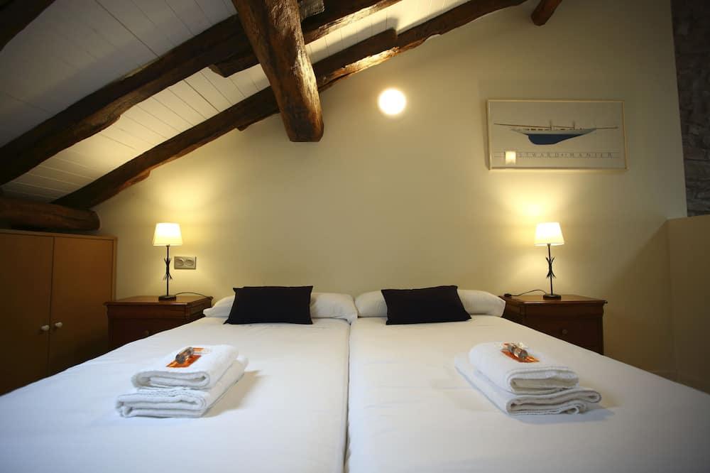 House, 3 Bedrooms, Terrace - Room