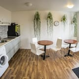 Kahden hengen huone, Oma kylpyhuone - Jaettu keittiö
