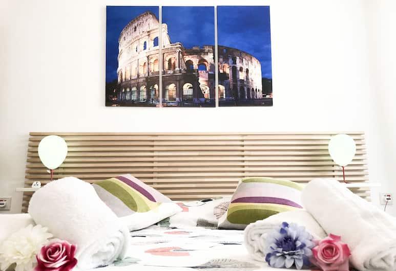 Piramide House, Rome, Comfort Apartment, 2 Queen Beds, Room