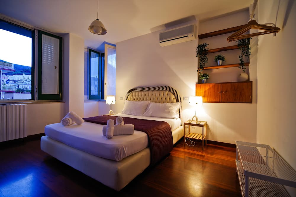 Comfort Apartment, 2 Bedrooms, 2 Bathrooms, Hill View - Room