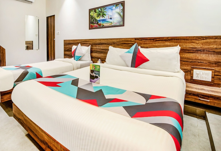 FabExpress Terminus Square, Mumbai, Family Room, 1 King Bed, Guest Room