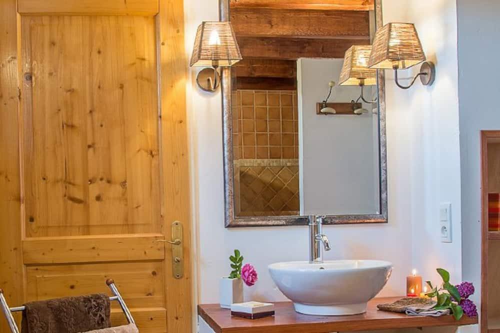 客房 (La Drome) - 浴室