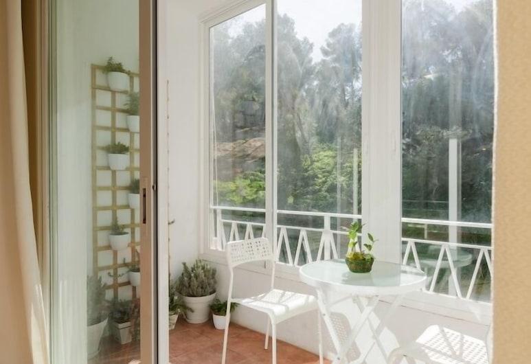 Soleado apartamento Distrito Centro, Málaga, Apartment, 3 Bedrooms, Terrace/Patio