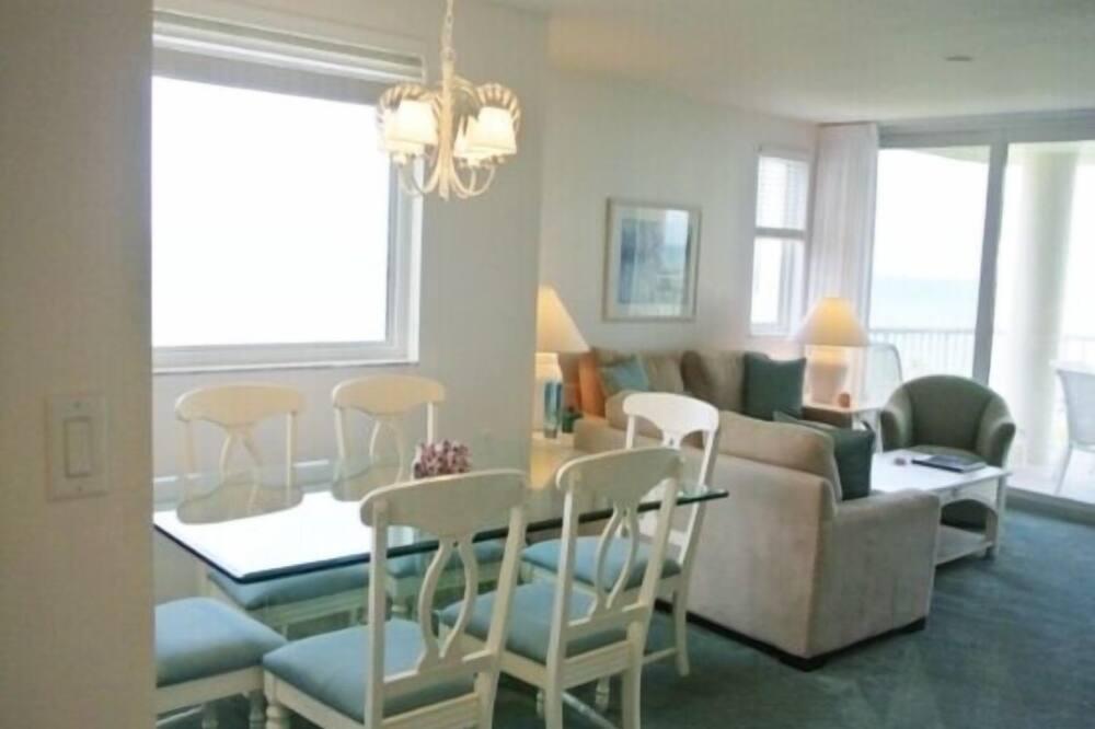 Condo, 3 Bedrooms - In-Room Dining