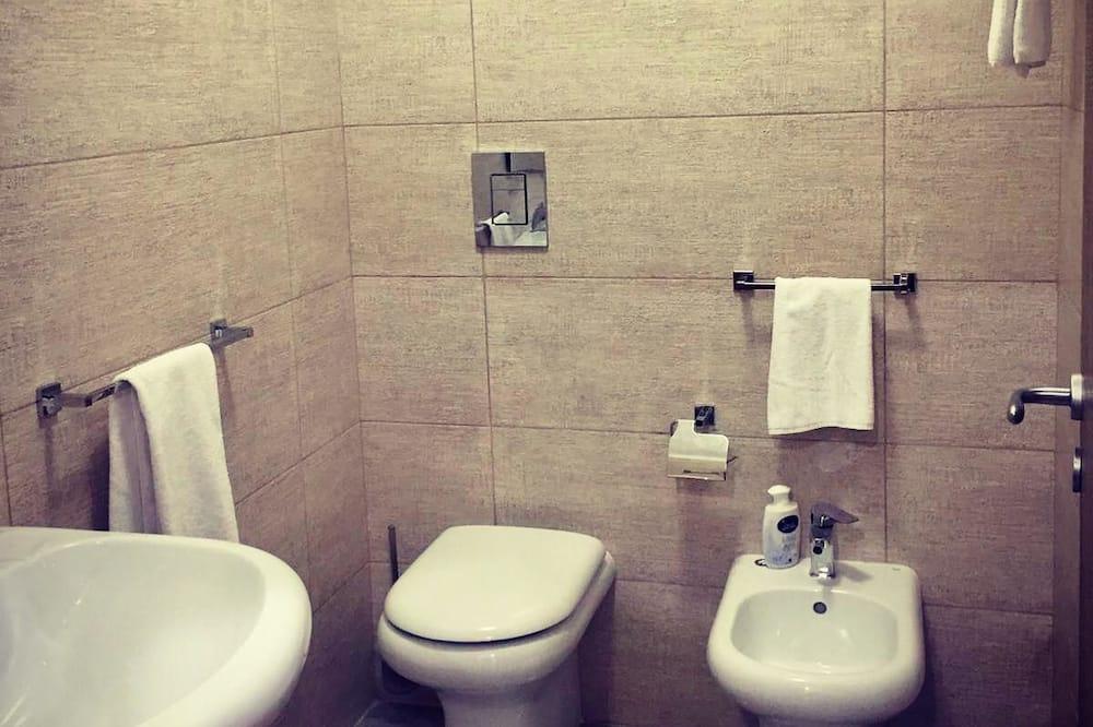 Tremannsrom – luxury, eget bad, ved fjell - Bad