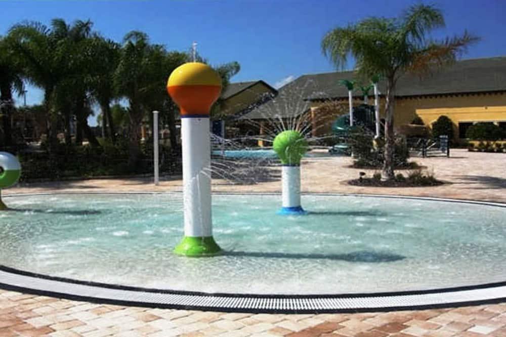 Dom, 6 spální - Detský bazén