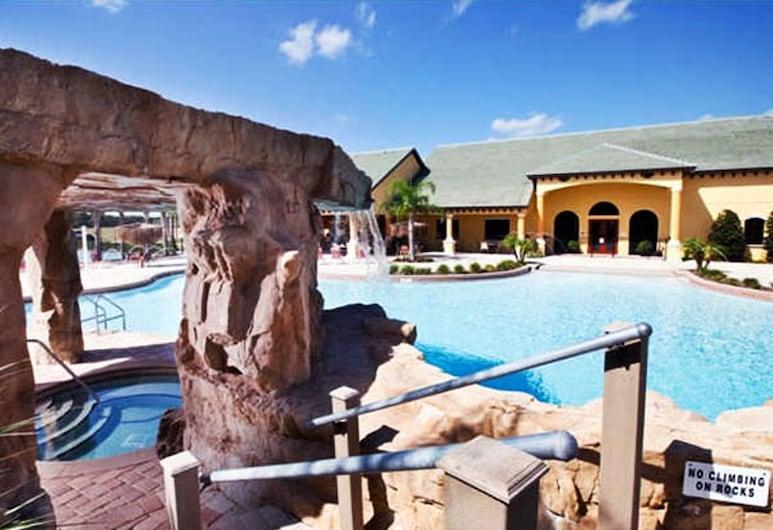 天堂棕櫚 8975 號 A 酒店, 基西米