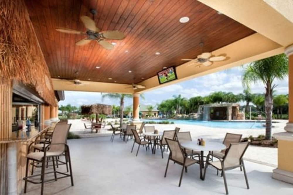 Maison mitoyenne, 4 chambres - Bar en bord de piscine