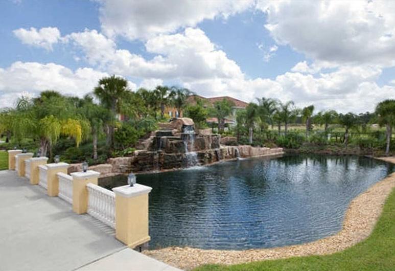 天堂棕櫚 8978 號酒店, 基西米