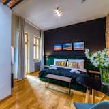 Gold Room - Living Room
