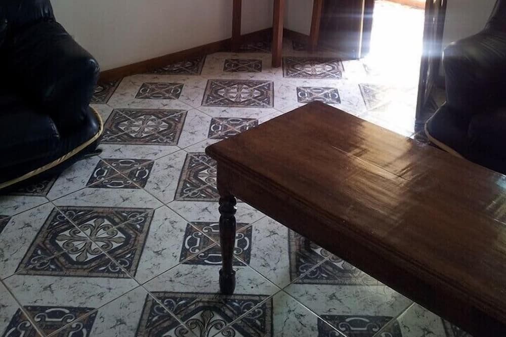 Апартаменты «Классик», 1 спальня - Зона гостиной