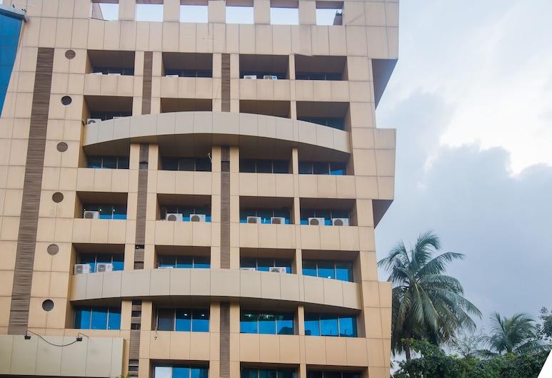 OYO 15717 RK Residency, Bombay