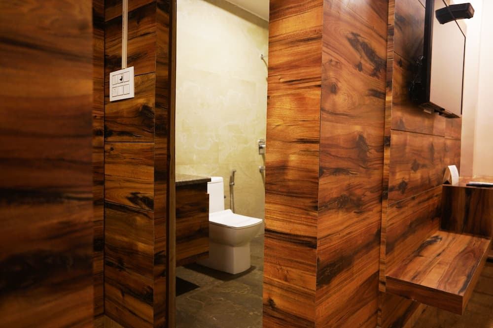 Presidential Suite - Bathroom