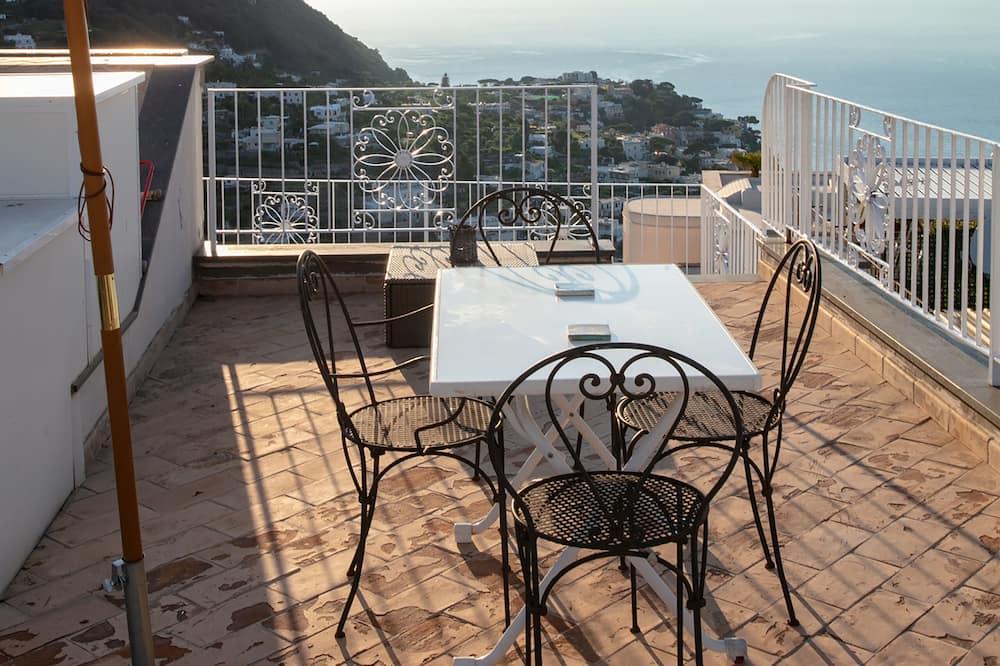 Deluxe Apartment, 1 Bedroom - Terrace/Patio