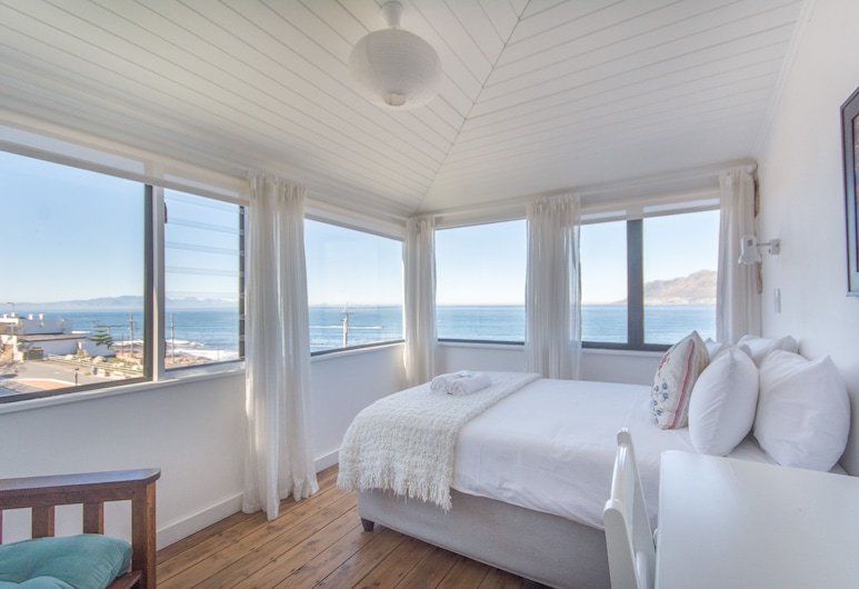The Baytree Beach House, Cape Town