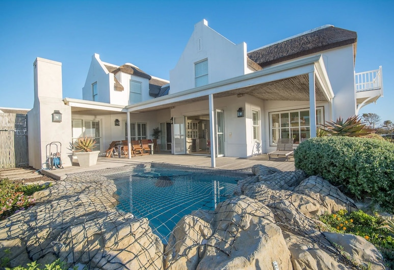 The Beach Villa, Cape Town, Standard House, 4 Bedrooms, Private pool