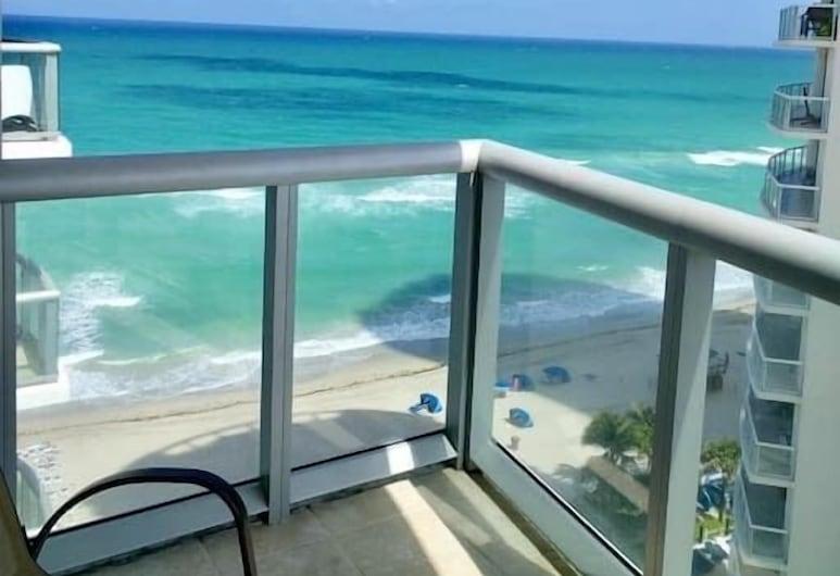Marenas Beach Resort by FMM, Sunny Isles Beach, Byt, 1 spálňa (1510), Výhľad z balkóna