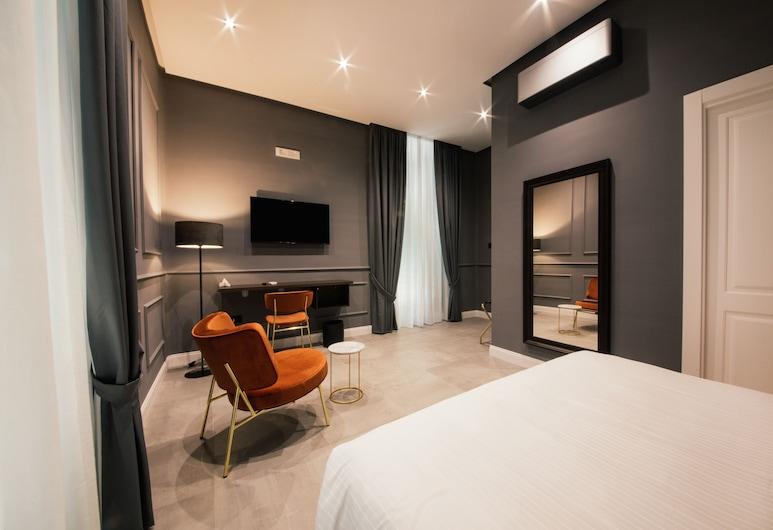 The Grey, Naples, Deluxe Double Room, 1 Queen Bed, Balcony, City View, Guest Room
