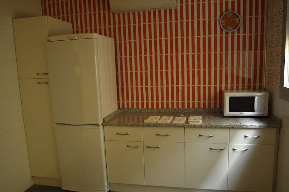 Dobbeltværelse - privat badeværelse (2 pax) - Fælles køkken