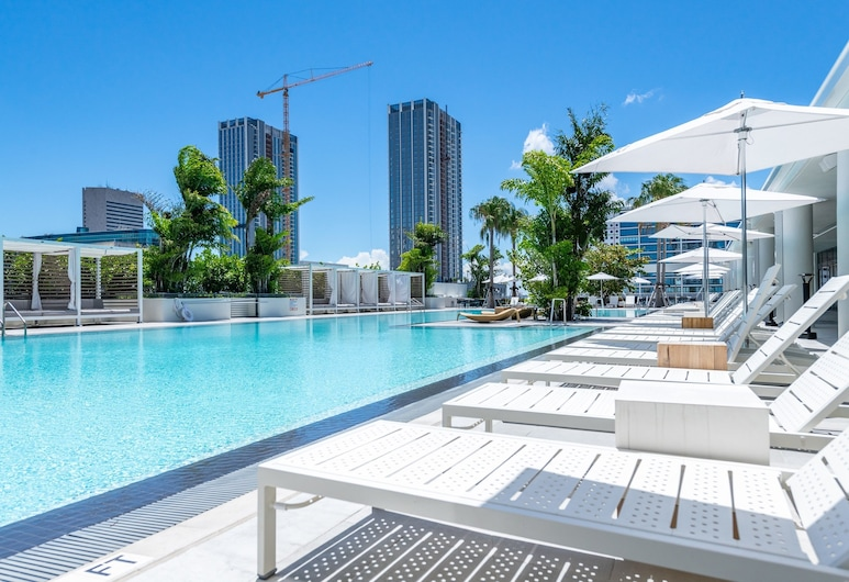 Global Luxury Suites Downtown Miami, Miami, Outdoor Pool