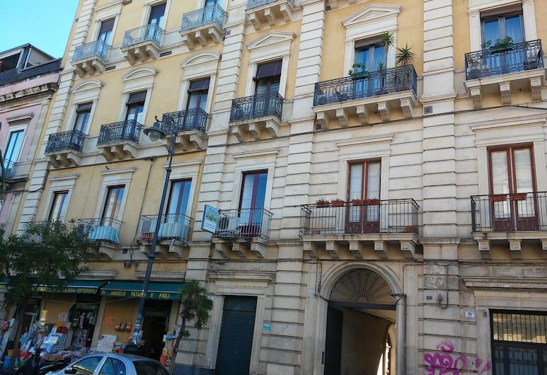 A Due Passi B&B, Catania