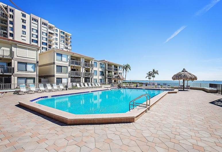 棕榈海滨 311 酒店, 圣彼得斯堡