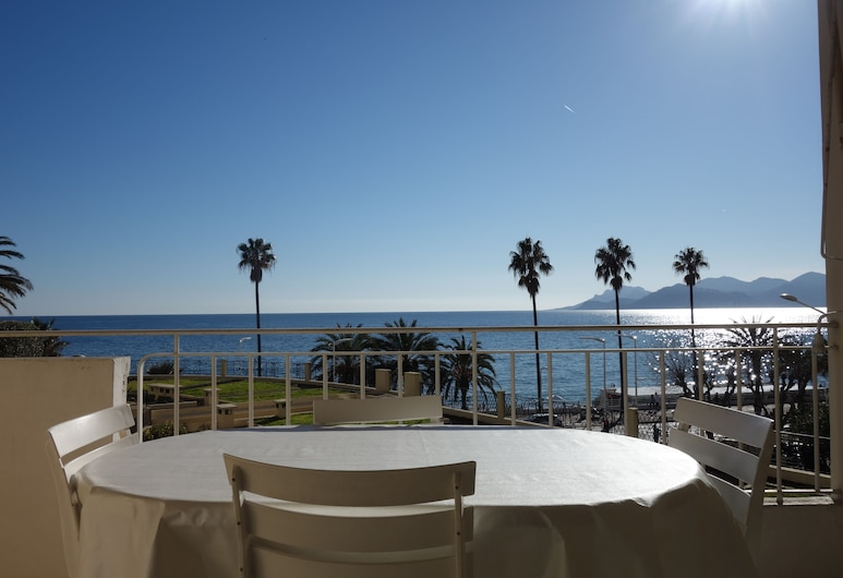 Welcome to Cannes - Rocamare 2, Cannes