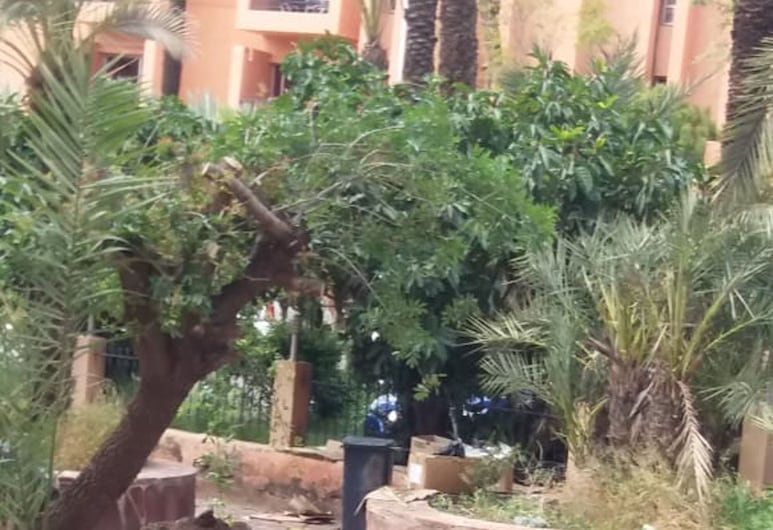 Apartment With one Bedroom in Marrakech, With Wonderful City View, Shared Pool and Furnished Terrace, Marrakech, Otel Sahası