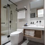 Premium Δίκλινο Δωμάτιο (Double), 1 Queen Κρεβάτι, Θέα στην Αυλή - Μπάνιο