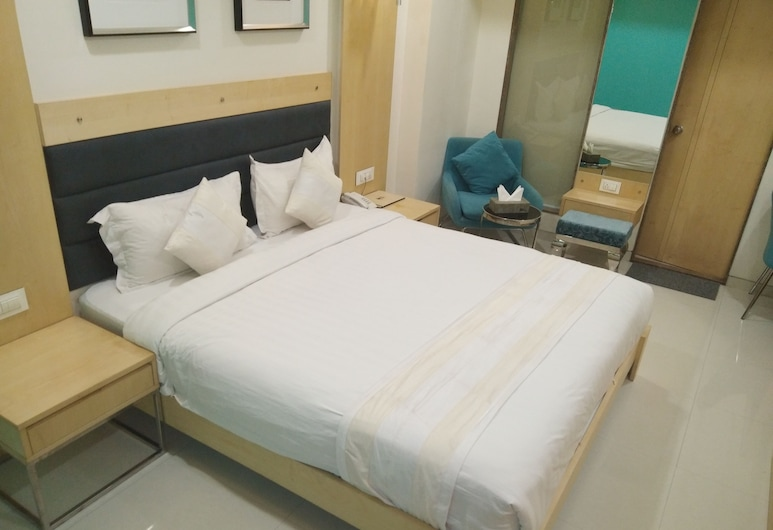Hotel SN Blu, Ahmedabad, Superior Double Room, 1 Double Bed, Guest Room