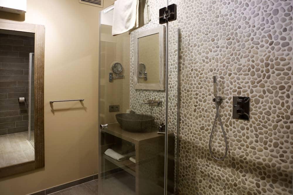 Comfort Double Room (Hakuna Matata) - Bathroom