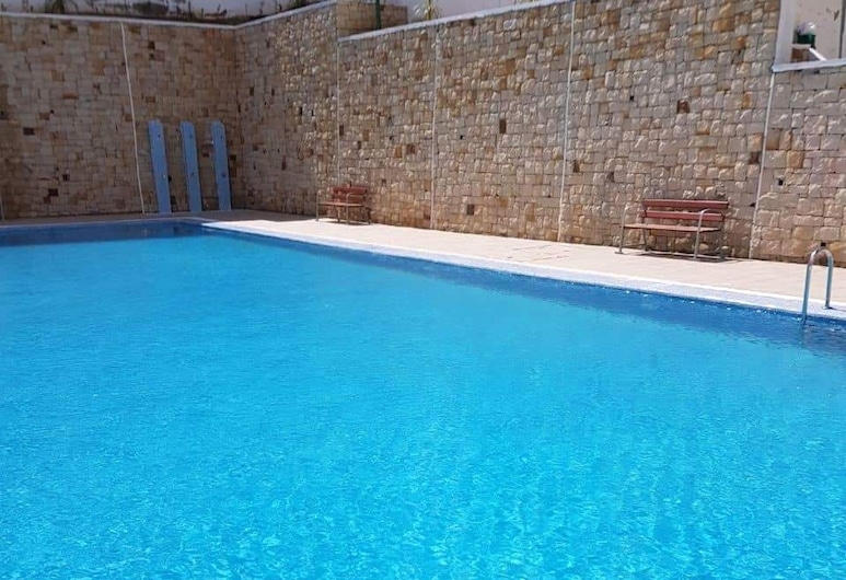 Apartment With one Bedroom in Mdiq, With Wonderful sea View, Shared Pool and Enclosed Garden - 2 km From the Beach, M'diq, Havuz