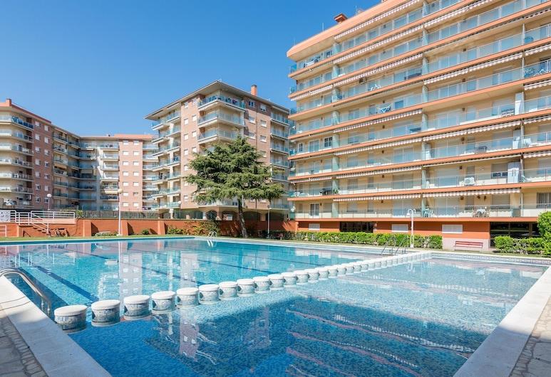 HomeHolidaysRentals Santa Susanna IV - Costa Barcelona, Santa Susanna, Kültéri medence