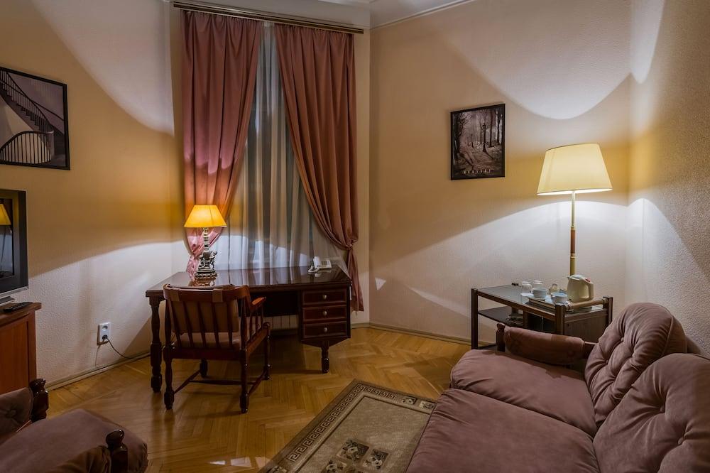 Junior Suite, 1 queen size krevet, pogled na dvorište - Dnevna soba