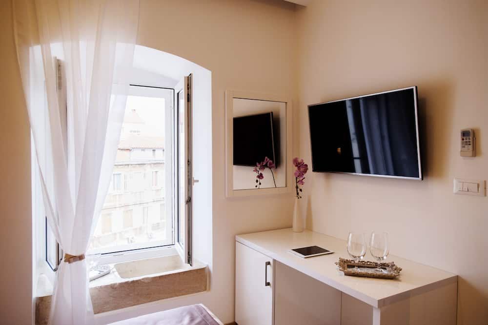 Dvojlôžková izba typu Deluxe, výhľad na mesto - Obývacie priestory