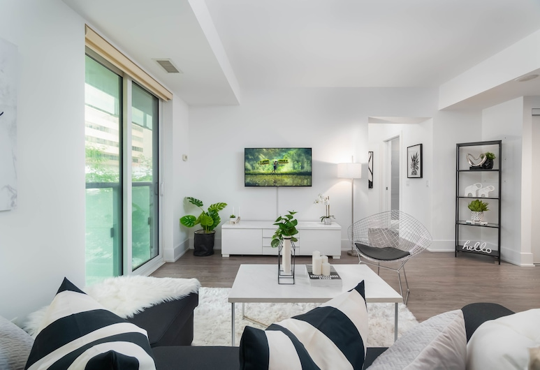 Luxury Downtown Boutique Apartments, Toronto, Living Room