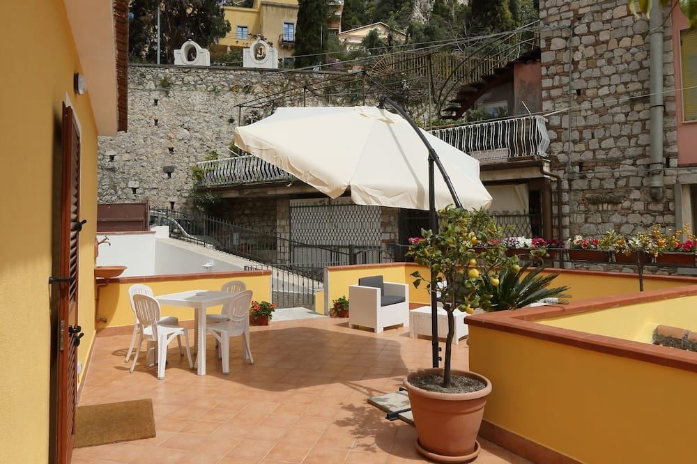 Family Apartment, Multiple Beds - Terrace/Patio