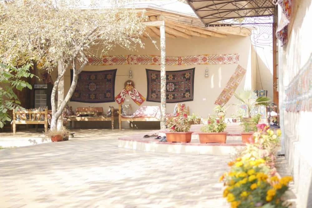 Guesthouse Ikathouse, Margilan