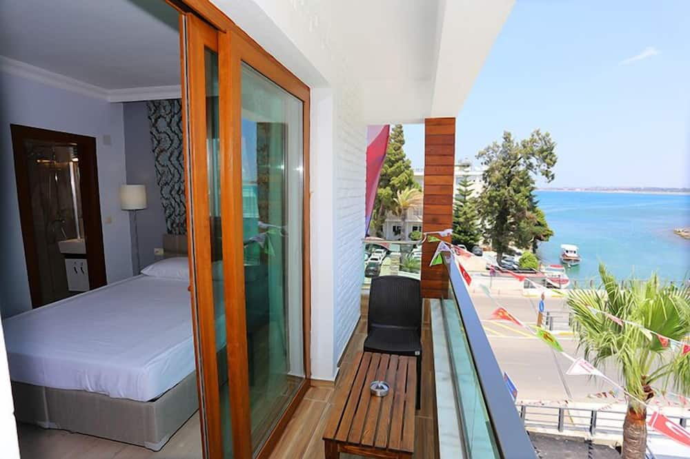 חדר דה-לוקס זוגי, נוף לים - מרפסת