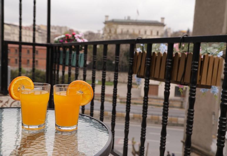 Taksim Heavenist Hotel, İstanbul, Deluxe Oda, Teras, Oda
