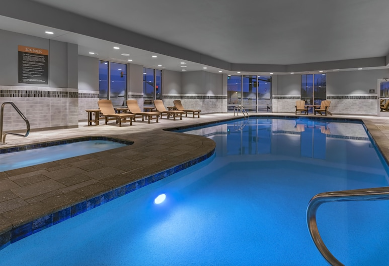 La Quinta Inn & Suites by Wyndham Flagstaff East I-40, Flagstaff, Indoor Pool