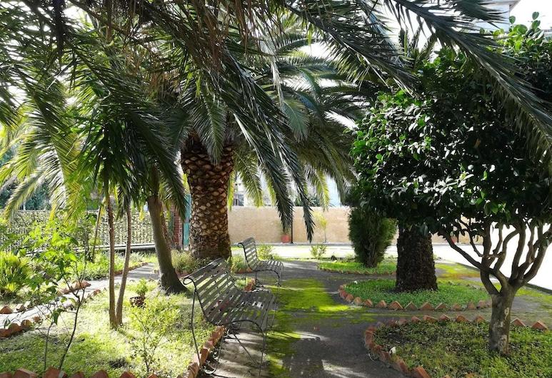 威尼雷花園民宿, 聖韋內里納, 花園